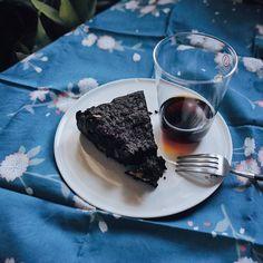 弄了块餐布u like it? #chocolate #cake #coffee #liveabetterlife #afterlunch #sakura #picoftoday #igers