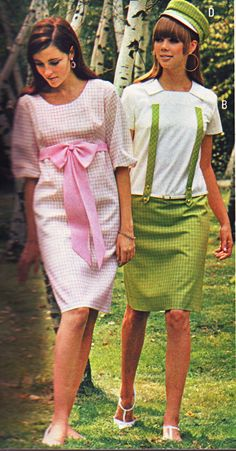 Pennys 67 ss pink and green Penny's 1967 ss Joan Delaney. Pink checks with bow. Green and white. 60s And 70s Fashion, 60 Fashion, Fashion History, Retro Fashion, Vintage Fashion, Fashion Styles, Pink And Green Dress, Evolution Of Fashion, 20th Century Fashion