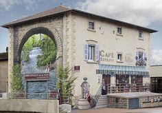 Un artiste transforme de vieilles façades en oeuvres d'art