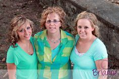 http://briannephotography.weebly.com/1/post/2013/05/pethke.html