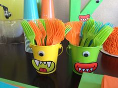 Plastic Cups with Mouth and Eyes balls. Little Monster Birthday, Monster 1st Birthdays, Twins 1st Birthdays, Monster Birthday Parties, First Birthday Parties, Boys First Birthday Party Ideas, Baby Boy Birthday, Birthday Party Themes, Monster Baby Showers