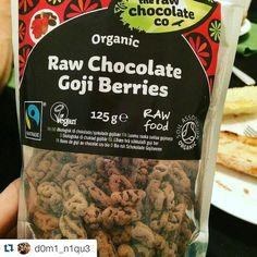 Raw chocolate goji berries