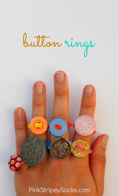 Easy button ring craft for kids crafts for kids to make, craft ideas for kids Easy Crafts For Kids, Summer Crafts, Projects For Kids, Diy For Kids, Button Crafts For Kids, Simple Crafts, Ring Crafts, Jewelry Crafts, Bead Crafts