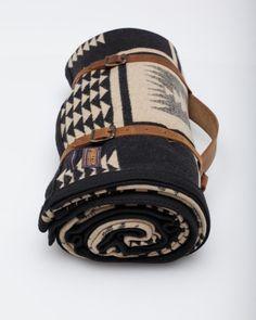Need Supply Co. / Pendleton / Blk/Tan Harding Robe ($200-500) - Svpply