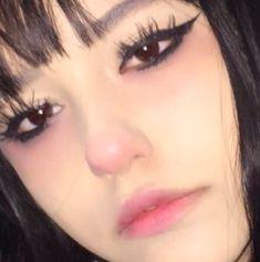 Emo Makeup, Grunge Makeup, Gothic Makeup, Girls Makeup, Makeup Inspo, Makeup Art, Makeup Inspiration, Beauty Makeup, Eyeliner Makeup