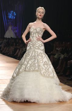 Sebastian Gunawan Dress Outfits, Cool Outfits, Dress Up, Elie Saab, Sebastian Gunawan, Indonesian Kebaya, Couture Bridal, Evening Dresses, Formal Dresses