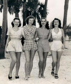 Vintage beach wear 1940s - The beautiful lady second from my right looks just like my aunt!