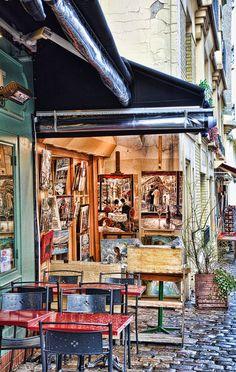 Paris - Art Shop in Montmartre