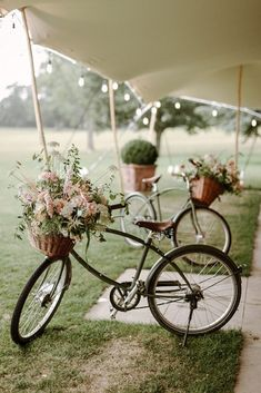 Bike Wedding, Garden Party Wedding, Our Wedding, Wedding Venues, Wedding Photo Table, Country Wedding Decorations, Floral Garland, Wedding Weekend, Elegant Wedding