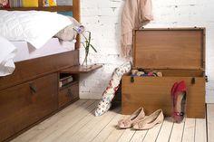 organizando-sapatos-no-bau-meu-movel-de-madeira