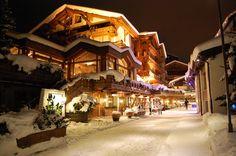 Saas Fee, ski resort - Switzerland, Skiing