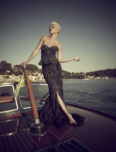 Debbie Wingham's $5.7 million black diamond dress. (Photo: Jeff Romero/Wenn)