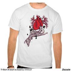 T-Shirt A heart in hand