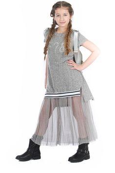 Kids Fashion Show, Little Girl Fashion, Kids Outfits, Casual Outfits, Fashion Outfits, Designer Dresses For Kids, Stylish Kids, Baby Girl Dresses, Child Models