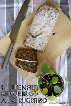 Mangler du et saftigt glutenfrit alternativ til rugbrødet i madpakken, så prøv det her glutenfrie kernebrød, der er smagfuldt og har en god krumme. Også er det tilmed low fodmap venligt.