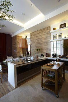 Charming Gourmet/Wine Tasting Cellar Integrating Rusticity