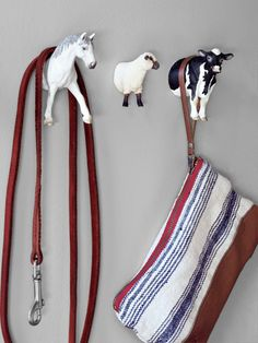 DIY: turn plastic animal toys into wall hooks