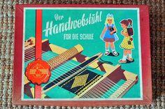 Handwebstuhl für den Handarbeitsunterricht in der Schule ---- Vintage children's loom, used in schools - #1960s *made in Germany*