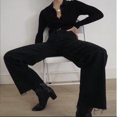 French Fashion Tips .French Fashion Tips Mode Outfits, Fashion Outfits, Womens Fashion, Fashion Tips, Petite Fashion, Look Fashion, Korean Fashion, French Fashion, Winter Fashion