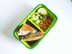 Bac to school bento box ideas Bento Box, Back To School, Yummy Food, Cooking, Board, Easy, Summer, Blog, Recipes