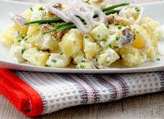Salade de pomme et hareng #DanOn #recette Potato Salad, Potatoes, Ethnic Recipes, Food, Rye Bread, Salads, Quick Recipes, Cooker Recipes, Potato