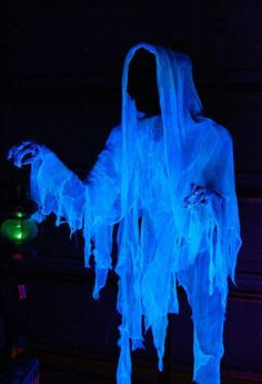 2014 Cloaked Halloween ghost decor made of cheesecloth - skeleton #2014 #Halloween