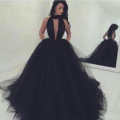 Black Gorgeous Deep V-Neck Ball Gown Tulle Prom Dresses 2017
