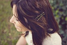 cute hairpins made to look like twigs <3