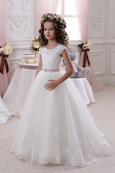 1fd3186dbac Нарядные платья для девочек  - бальные - праздничные - вечерние - пышные -  свадебные - детские платья на праздник в интернет магазине Дресс-Делюкс -