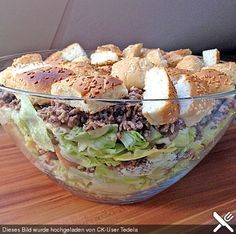 Für die Salat Liebhaber, die etwas mehr Kalorien vertragen : Den Big-Mac Salat