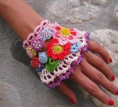 Jewelry / Bracelets Cuff Free form crochet Cuff bracelet by kovale,