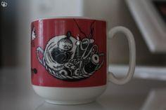 Arabia vintage Muumi -mug, red Pikku Myy. Moomin Mugs, Tove Jansson, Lassi, Little My, Finland, Tableware, Vintage, Design, Egg