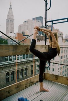 yoga anywhere...  rooftop yoga :) #yogi #flexibility #dancerspose #sujajuice