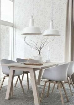 If you want to add a special touch to your Scandinavian dining room lighting design, you have to read this article that is filled with unique tips. Deco Design, Wood Design, White Dining Room Table, Dining Rooms, Dining Tables, Scandinavian Dining Table, Wood Table, Dining Area, Coffee Tables