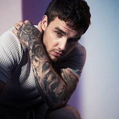 """There are still two-plus months until Christmas, but Liam Payne is already gearing up for the holiday season. The One Direction singer announced Wednesday (Oct. that his next single will be """"All I Want (For Christmas). Niall Horan, Zayn Malik, Liam Payne, Ex One Direction, One Direction Singers, Stella Maxwell, Harry Styles, Capitol Records, Louis Tomlinson"""