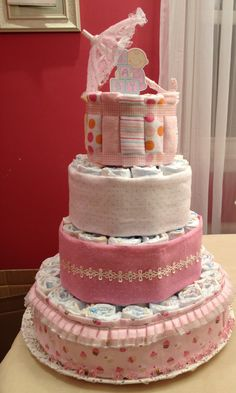 My very first time to make diaper cake.