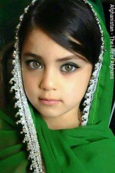 The most beautiful eyes kiddos dievčatká, deti, tváre Precious Children, Beautiful Children, Beautiful Babies, Beautiful People, Most Beautiful, Young Children, Gorgeous Girl, Beautiful Pictures, World Photography