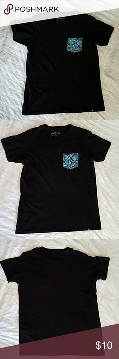 Hurley Men's Black Pocket Tee Hurley Men's Black T-shirt, Pocket turquoise paisley patterned pocket, Size M Premium Fit. 100% Cotton Great condition! Hurley Shirts Tees - Short Sleeve