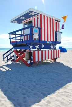 Miami Beach, Florida, USA LOVE IT! Wish my beach town would do this to their lifeguard stations!