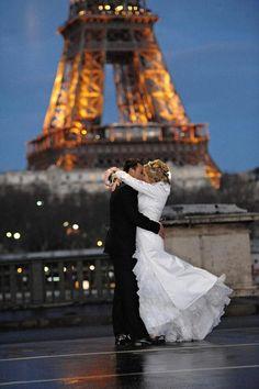 Get married in Paris, keep on dreaming...!
