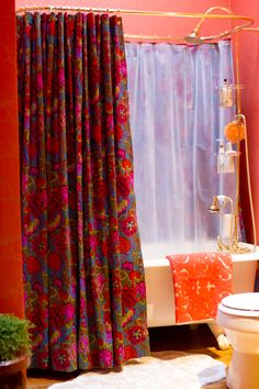 How to make a grommet-top shower curtain of any size - perfect for clawfoot tubs, tall people, or simply getting to use the perfect fabric without a lot of fuss.