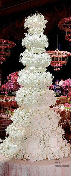 Wedding cake by Sylvia Weinstock - you know the second you see a picture of one of her cakes that it is almost a sure bet it is from the one and only Sylvia Weinstock.