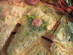lace and ribbon flowers scissors keeper