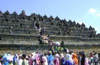 Pertahankan Sisi Kesaujanan Penataan Rumah Sekitar Borobudur Diatur