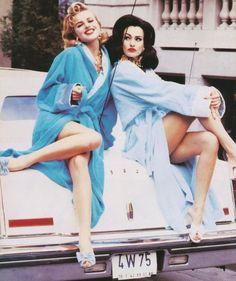 Karen Mulder and Eva Herzigova for Vogue Italia, February 1992, photographer: Ellen von Unwerth