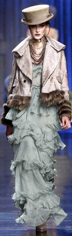 Christian Dior fall 2010.