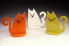 Most cat owners know you dont need a clock...but these Wooden Cat Clocks are precious!!