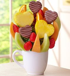 Sweet Pineapple Treat™ by Fruit Bouquets Chocolate Dipped Fruit, Chocolate Covered Strawberries, Chocolate Art, Dipping Chocolate, Alcohol Infused Fruit, Edible Fruit Arrangements, Fruit Decorations, Watermelon Fruit, Food Garnishes