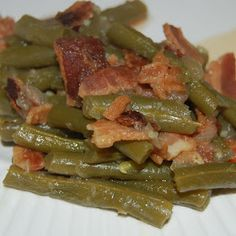 The Newfangled Housewife: Southern Style Green Beans