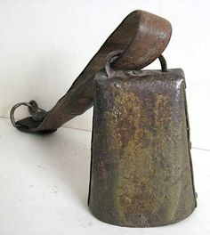 Maine farm large iron antique cow bell